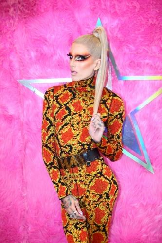Jeffree-Star-at-RuPauls-DragCon-NYC-5-333x500.jpg